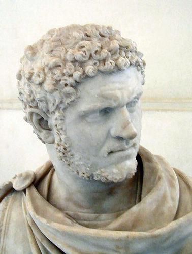 broche romano