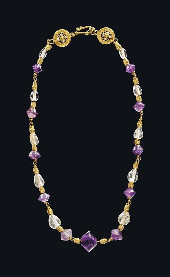 collar bizantino