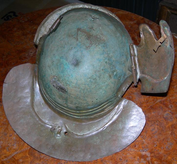 casco romano italico c