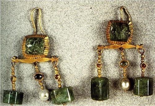 pendientes romanos